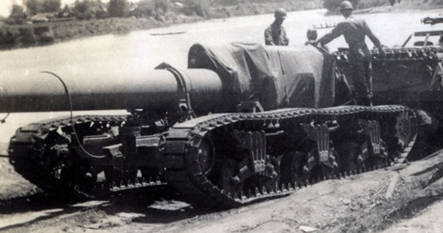 240-mm-howitzer478_edited-1-301dpi.jpg
